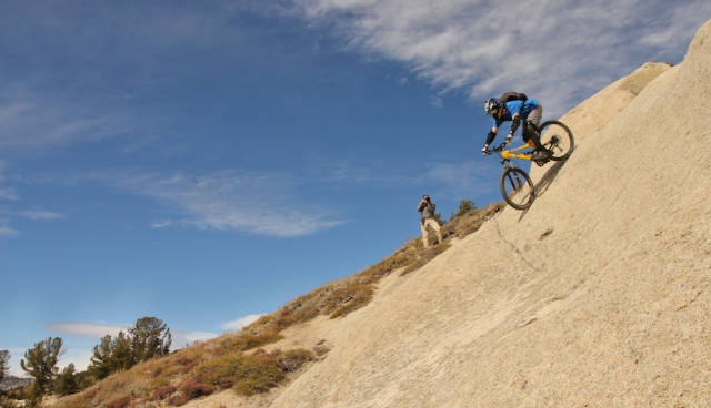 mountain-biking-tahoe-rim-trail