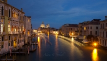 venice-italy-at-night-adam-broderick