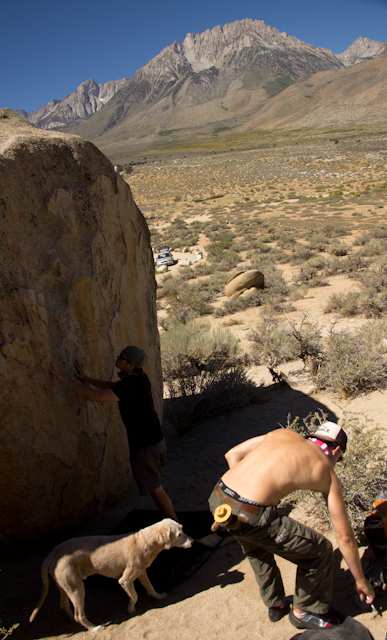 bouldering-buttermilks-bishop-desert