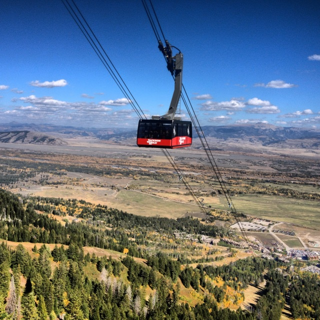 jackson-hole-tram-autumn